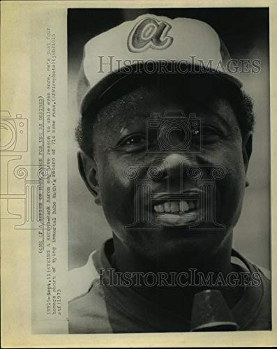Vintage Photos 1973 Press Photo Hank Aaron Smiles; just Four homers Short of Babe Ruth's 714.