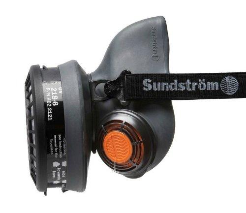 Sundstrom H01-2621 SR 90-3 M/L Half Mask Respirator, TPE Dakota Metal Intake System
