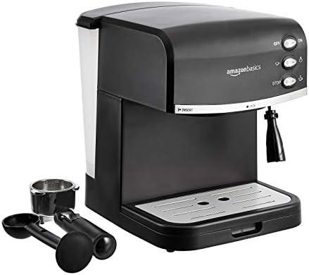 AmazonBasics – Macchina per caffè espresso e montalatte