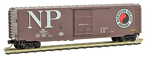 Micro-Trains MTL N-Scale 50ft Standard Box Car Northern Pacific/NP #31500