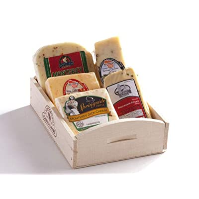 Hot and Spicy Cheese Gift Basket by Wisconsin Cheese Mart : Grocery & Gourmet Food