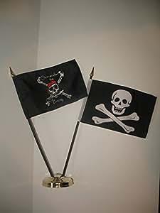 """Surrender The BOOTY JR no ojo parche pirata bandera 4""""x6"""" Juego de escritorio dorado Base colores vivos y ultravioleta resistente a la decoloración–cabecera y poliéster MATERIAL"""