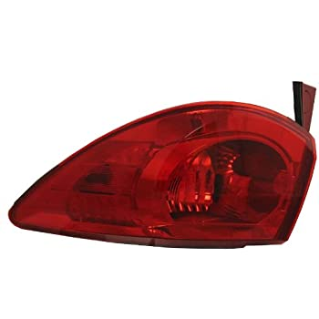 41wEbFeX KL._SL500_AC_SS350_ amazon com oe replacement chevrolet traverse driver side 2004 Silverado Tail Light Wiring Diagram at readyjetset.co