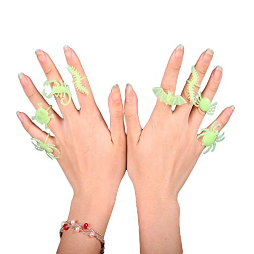 MXXGMYJ Halloween Glow in The Dark Bugs Ring,Toy Glowing Luminous Finger Light Up Rings Toys for Halloween Party Costumes Favors Decorations