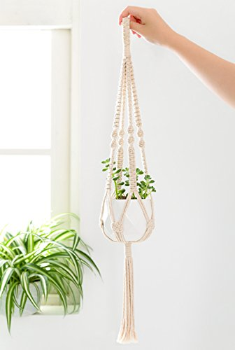 The 8 best macrame plant hangers with pot