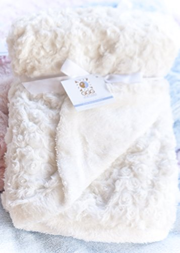 GGG UNlimited Snuggle Blanket White product image