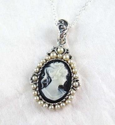 Pearls-and-Black-Cameo-Necklace