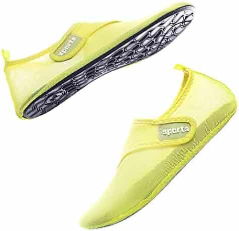 cce1364633b3 Quickshark Women s Men s Water Shoes Summer Quick-Dry Barefoot Aqua Socks  for Beach Pool Swim