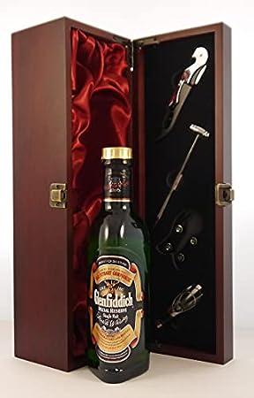 Glenfiddich Special Reserve Speyside Single Malt Scotch Whisky (discontinued bottling) 35cls en una caja de regalo forrada de seda con cuatro accesorios de vino, 1 x 375ml