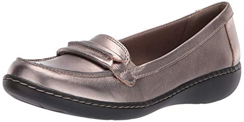 CLARKS Women's Ashland Lily Loafer,pewter leather,12 M US