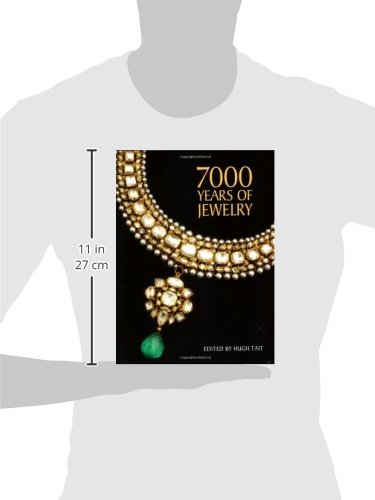 7e563559bc498 7000 Years of Jewelry: Hugh Tait: 9781554073955: Amazon.com: Books