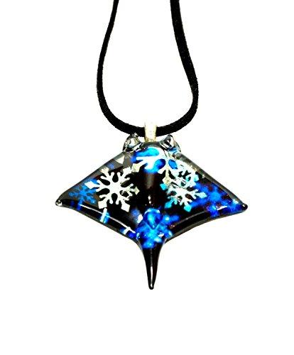 Handmade Manta Ray Stingray Art Glass Blown Sea Animal Figurine Pendant Necklace Jewelry - ()