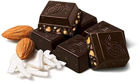 شوكولاتة داكنة بجوز الهند واللوز + ملح البحري ككيتو 420 جرام من تشوكاو: Amazon.ae