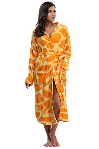 Kimono Outlet Women's Animal Print Cozy Plush Robe Hooded (Cozy Giraffe)
