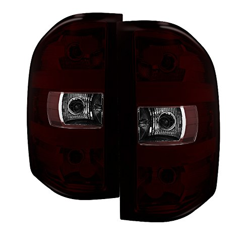 Xtune ALT-JH-CSIL07-OE-RSM Chevy/GMC Tail Light