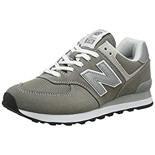 New Balance Women's 574v2 Evergreen Sneaker