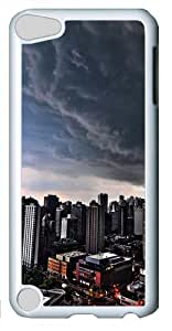 Storm over city Polycarbonate Hard iPod Touch 5 Case Cover - White