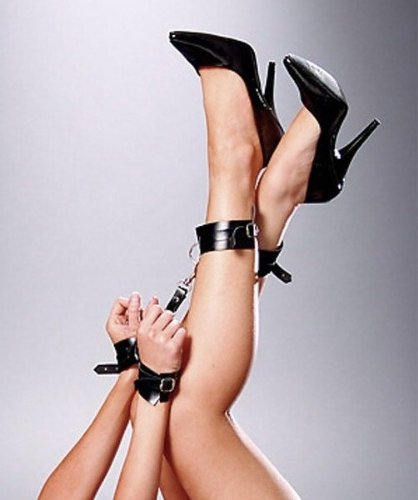 Sexy Leather Hand & Ankle Restraints by EMLingerie