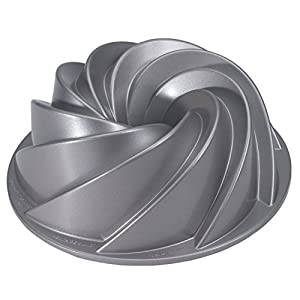 Amazon.com: Nordic Ware Platinum Collection Heritage Bundt Pan