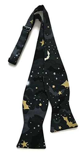Halloween Self-tie Bow Tie Bats & Stars in Black & Metallic Gold (Mens)]()