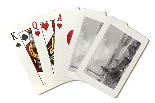 (Queenston, Ontario - View of General Brock's Monument above the Village (Playing Card Deck - 52 Card Poker Size with Jokers) )