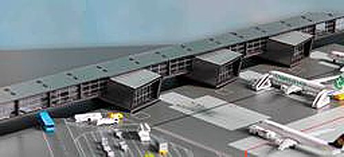 Herpa Wings 528283 1/500 Scale Amsterdam Airport Pier G Corridor and Pier H For Airport -