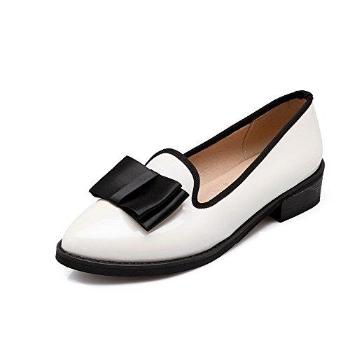 Allhqfashion Dames Pu Lage Hakken Spitse Gesloten Teen Stevige Pull-on Pumps-schoenen Wit