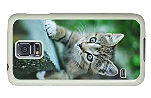 Diy Samsung Galaxy make covers Small cat green eyes climbing PC White for Samsung S5,Samsung Galaxy S5,Samsung i9600