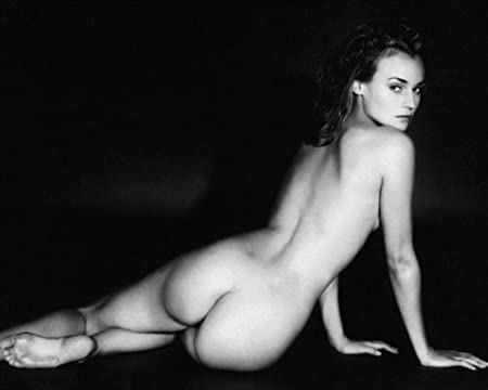 High resolution beautiful nude women