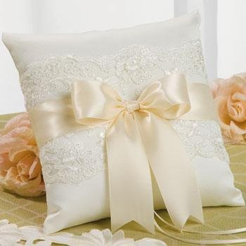 Beverly Clark Ivory Lace Ring Pillow with Satin Black Ribbon 223BI