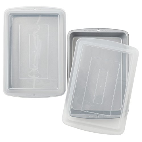 Wilton Recipe Right Non-Stick 13 x 9-Inch Covered Oblong Baking Pan, Set of 2 Pans with Lids ()
