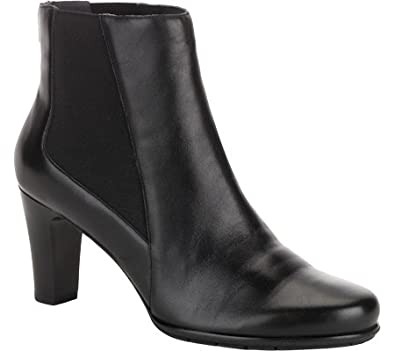 0434e09af39 Rockport Women s Total Motion Chelsea Boot