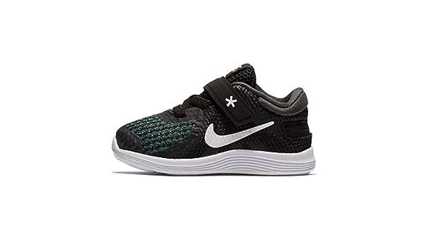 Amazon.com: Nike FlyEase Revolution 4