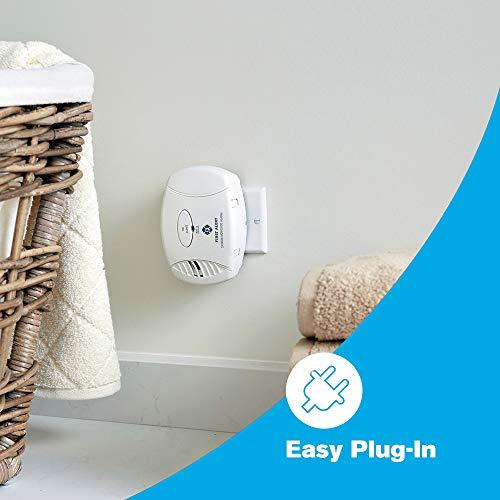 First Alert Carbon Monoxide Plug-in Alarm with Battery Backup