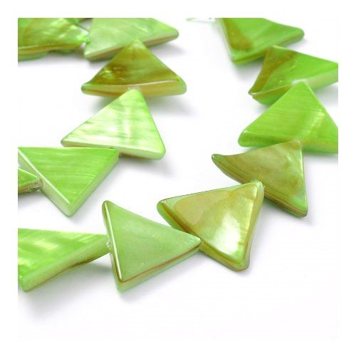 Strand 25+ Green Shell 15mm Dyed Triangle Beads Y06410 (Charming Beads)