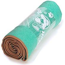 "Mugzy's Mutt Towel: Awesome 100% Microfiber pet towel attracts but won't trap fur - 28"" x 50"""