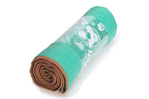 Mugzy's Mutt Towel: Awesome 100% Microfiber pet towel attracts but won't trap fur - 28'' x 50'' by YogaRat