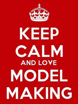 keep calm and love model making keyring 5cm x 3 5cm amazon co uk