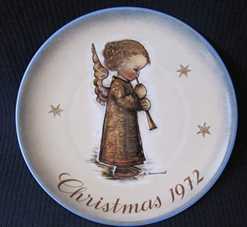 - 1972 Christmas Plate By Schmid Portraying Works of Berta Hummel
