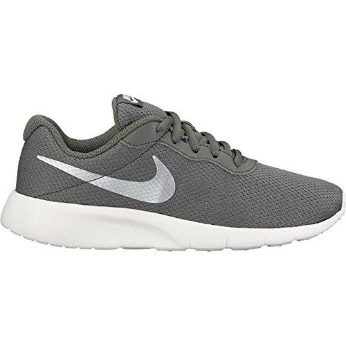 Nike Tanjun (Gs) River, Zapatillas de Deporte Unisex Adulto Blanco (White)