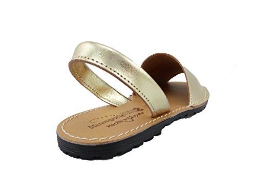 Sandalias Menorquinas Metalizadas Piel para Mujer Pisable mod.570. Calzado Made in Spain, Garantia de Calidad. Dorado