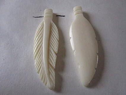 Amazon Com 2 Carved Bone Feathers 2 3 4 Pendants Charms Beads Carved Buffalo Bone Jewelry Craft Making 908