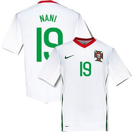 08-09 Portugal away (Nani 19)