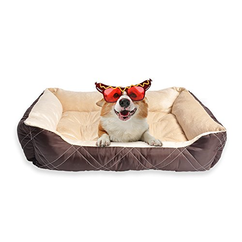 HappyCare Textiles Diamond Quilted Reversible Pet Bed/Cuddler for All Season, Medium, (Quilted Bolster)
