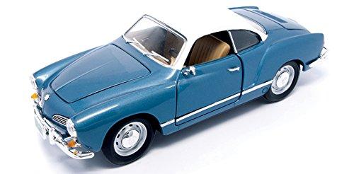 Road Signature 1966 Volkswagen Karmann-GHIA Vehicle (1:18 Scale), Blue