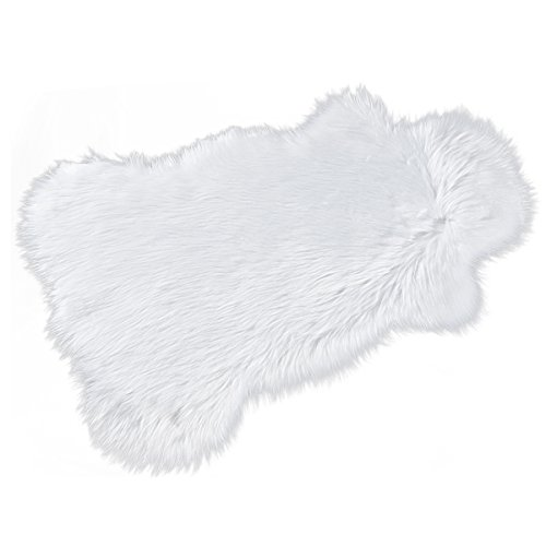 HCSTAR Faux Sheepskin Rug Soft Carpet Chair Cover Seat Pad Shaggy Area Rugs For Bedroom Sofa Felt Fur Non-slip Good Grip 2 ft 3 ft, White