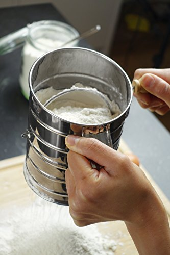 Review Nellam Traditional Flour Sifter