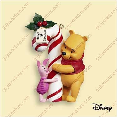 HALLMARK KEEPSAKE BABY'S FIRST CHRISTMAS WINNIE THE POOH COLLECTION 2006 ()