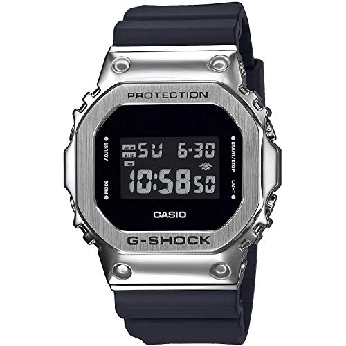 Casio G-Shock GM-5600-1ER 1