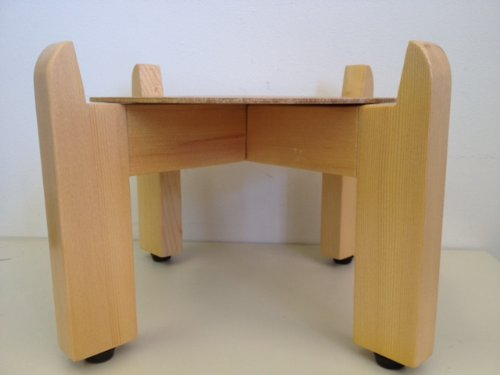 Classic Solid Wood Counter Stand (Maple)